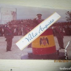 Fotografía antigua: FOTO ANTIGUA LEGION GENERAL EN DESFILE BANDERA ESPAÑA. Lote 144676006