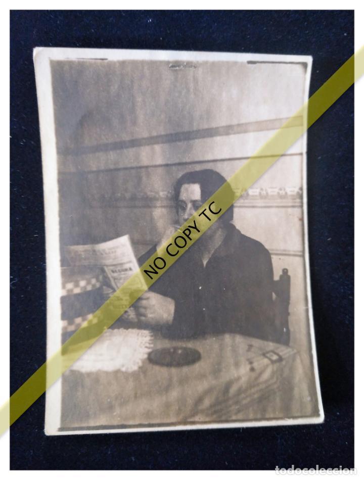 FOTOGRAFÍA AÑOS 30 40 VALENCIA LEYENDO 9 X 7 CM (Fotografía - Artística)