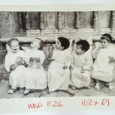 Fotografía antigua: CRISTINA GARCÍA RODERO - GELATINA DE PLATA PARA PRENSA 1992 LOS ANGELITOS DE MORELLA ESPAÑA OCULTA. Lote 147685386