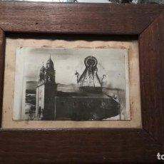 Fotografía antigua: FOTOGRAFIA ENMARCADA EN MADERA FOTOMONTAJE IGLESIA Y VIRGEN VER FOTOS. Lote 147948274