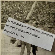Fotografía antigua: ALTERNATIVA DE LUIS MIGUEL DOMINGUIN DE MANOS DE DOMINGO ORTEGA. BOGOTÁ 1941- FOTO INEDITA. Lote 148064026