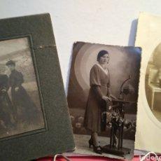 Fotografía antigua: TRES FOTOGRAFIAS ANTIGUAS MUJERES. SIGLO XIX-XX.. Lote 148192457