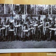 Fotografía antigua: FOTO TRIBU AFRICANA SE DESCONOCEN LOS DATOS - AFRICANOS POSANDO FOTO - AFRICA NEGRA. Lote 149264986