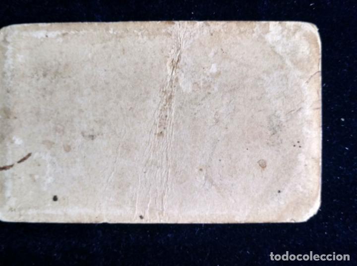 Fotografía antigua: CDV CABALLERO POSANDO CON SOMBRERO C. 1860 - Foto 2 - 150849486
