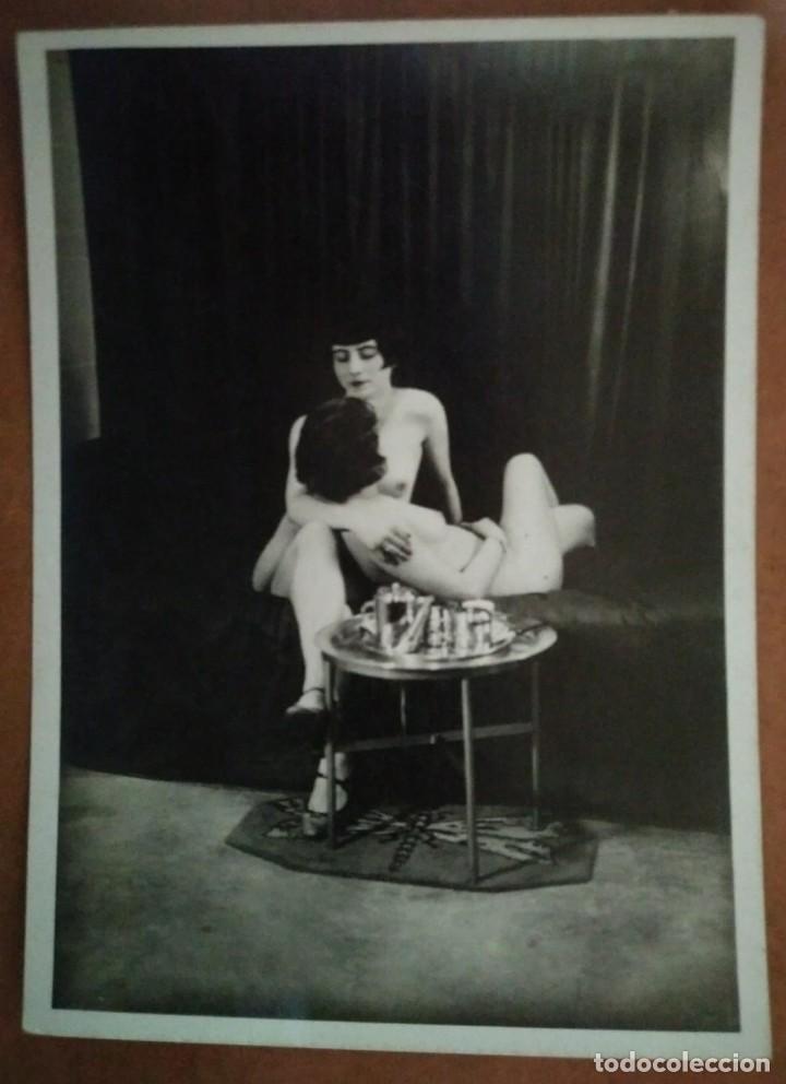 Fotografía antigua: Fotografía antigua erotica. Mujeres desnudas abrazadas. Nude photo - Foto 2 - 115331651