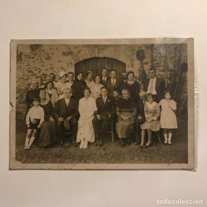 Fotografía antigua: Foto antigua familiar costumbrista 12x17 cm - Foto 2 - 149302306