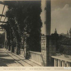 Barcelona. Parque de Montjuich: detalle de la Pérgola 27,9x18,,2 cm