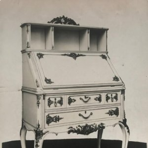 Mueble antiguo 17,6x12,5 cm
