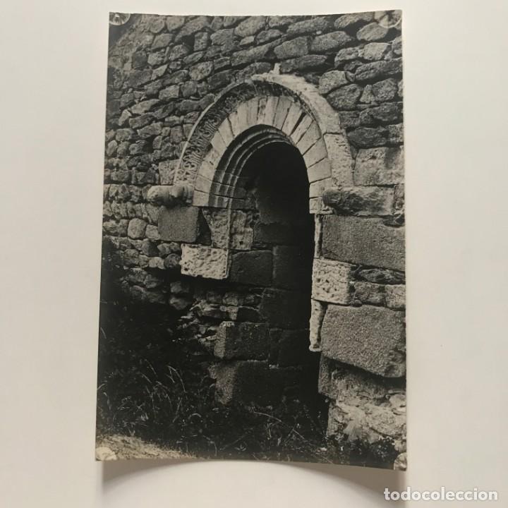 Fotografía antigua: S. Pedro de Roda. Ventana de la iglesia 12x18 cm - Foto 2 - 152019674