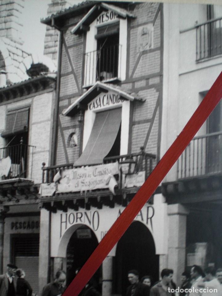 Fotografía antigua: SEGOVIA CASA CÁNDIDO GRAN FOTOGRAFÍA DE ÉPOCA CON ACUEDUCTO - Foto 2 - 152215938