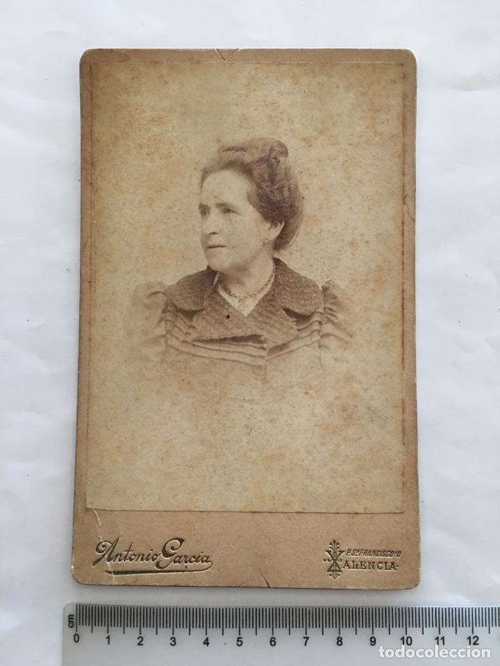 FOTO ALBUMINA. SEÑORA. FOTOG. ANTONIO GARCÍA. VALENCIA. H. 1900. (Fotografía - Artística)