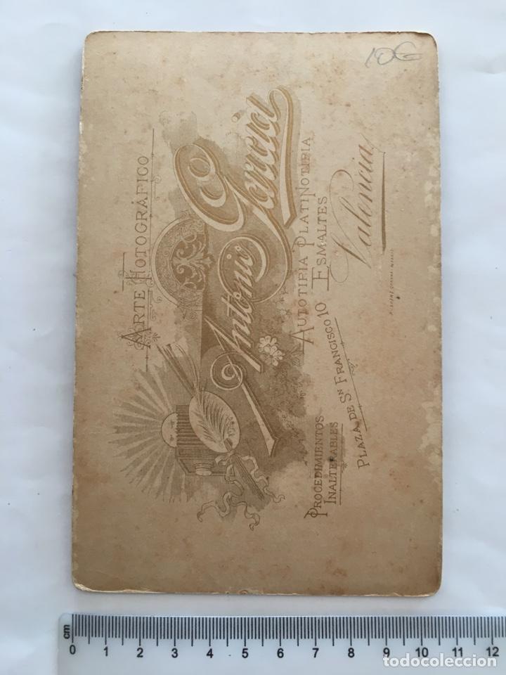 Fotografía antigua: FOTO ALBUMINA. SEÑORA. FOTOG. ANTONIO GARCÍA. VALENCIA. H. 1900. - Foto 2 - 156812294