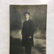 Fotografía antigua: FOTO. JOVEN CABALLERO. FOTÓGRAFO J. LLOPIS. VALENCIA. H. 1920?. Lote 159534566