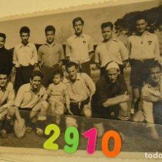 Fotografía antigua: FOTO FOTOGRAFIA CAMPO DE FUTBOL DEL LEVANTE U D ESTADIO VALLEJO AÑOS 40 EQUIPO DE FUTBOL VALENCIA. Lote 159895374