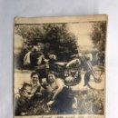 Fotografía antigua: FOTOGRAFÍA ANTIGUA. RECUERDO DE VIAJE EN MOTOCICLETA A LA FRONTERA CON SUIZA (H.1960?). Lote 159906857