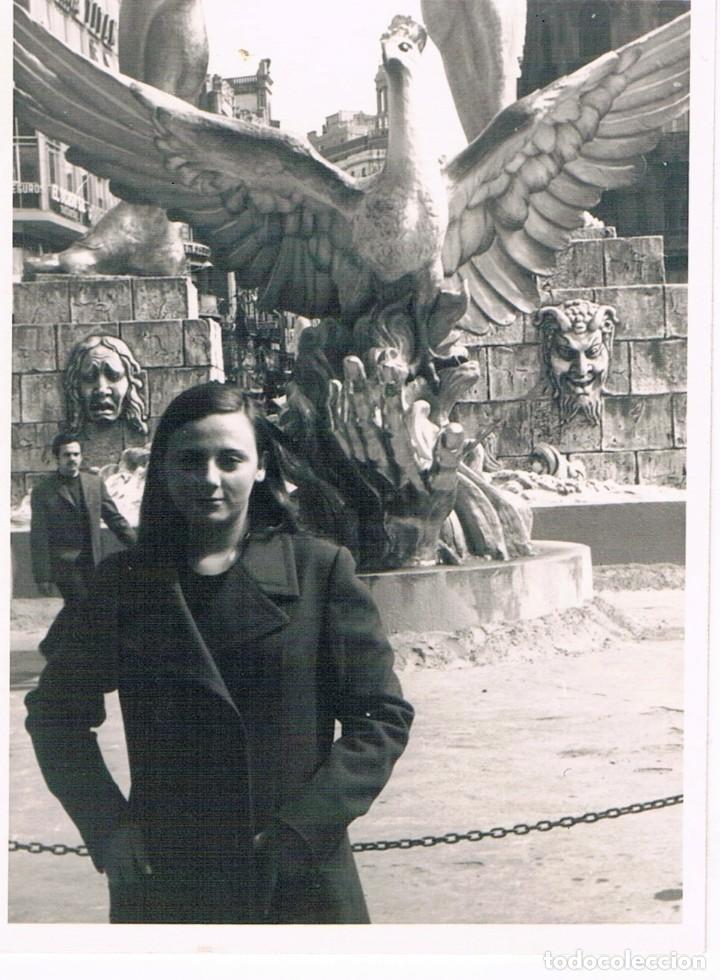 VALENCIA. FALLA PLAZA DEL CAUDILLO AÑO 1971. EL COLOSO DE RODAS (Fotografía - Artística)