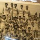 Fotografía antigua: ACADEMIA ONESIMO REDONDO ATLETISMO EN VALENCIA 1950 JUEGOS FALANGE. Lote 160671958