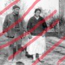 Fotografía antigua: FABARA ZARAGOZA. PAREJA DE AGRICULTORES 1954 ANTIGUO NEGATIVO ORIGINAL 6 X 4 CM. Lote 160955594