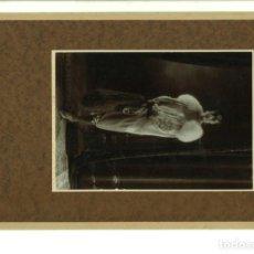 Fotografía antigua: SEÑORITA POSANDO EN ESTUDIO. ALCOY,1927,. Lote 162838850