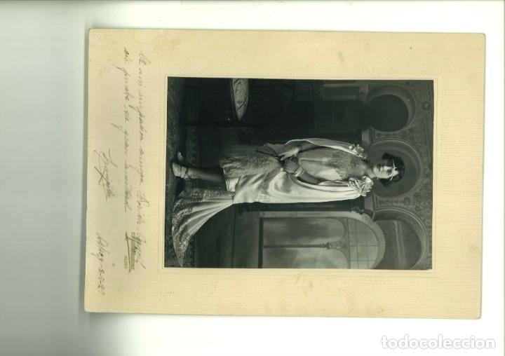 SEÑORITA POSANDO EN ESTUDIO. MATARREDONDA ALCOY,1927, (Fotografía - Artística)