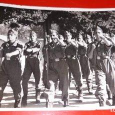 Fotografía antigua: LA GRANJA SEGOVIA 1947 FOTOGRAFIA FOTOS PIDEL. Lote 164600518