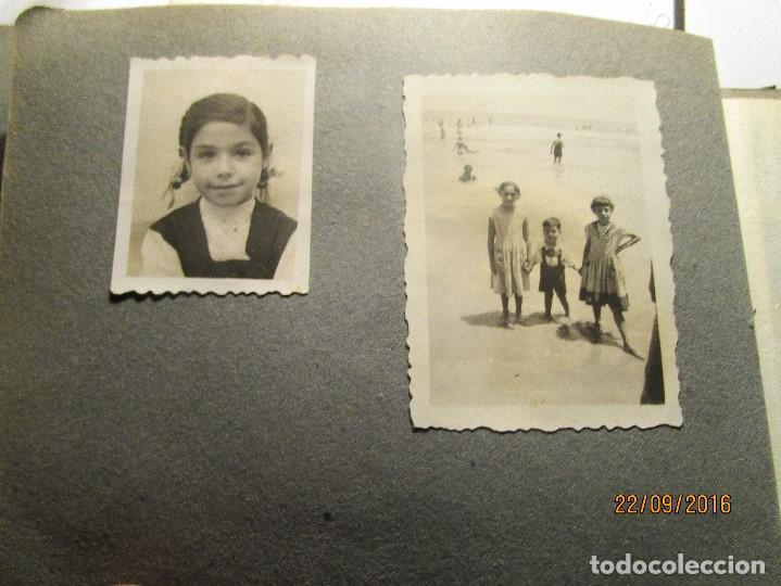 Fotografía antigua: ANTIGUO ALBUM FOTOS ALICANTE Y ELDA 49 FOTOGRAFIAS EN FIESTAS PLAYA ATRACCION ETC - Foto 10 - 164636546