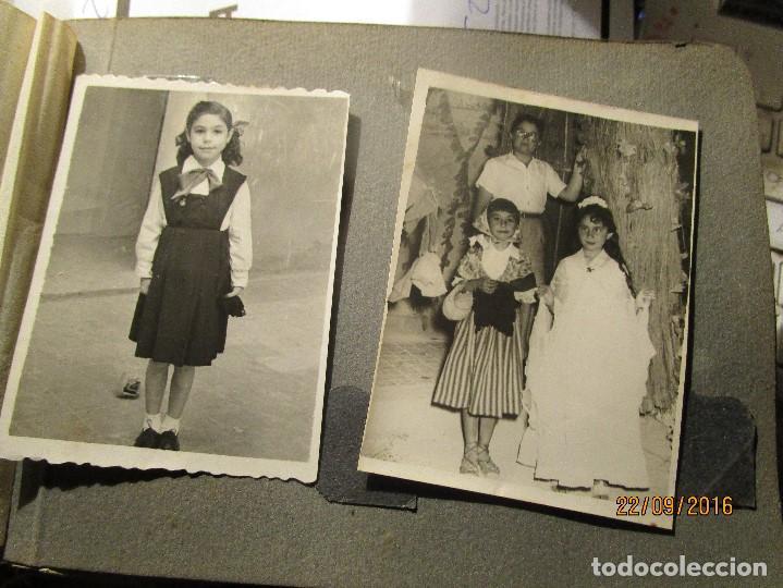Fotografía antigua: ANTIGUO ALBUM FOTOS ALICANTE Y ELDA 49 FOTOGRAFIAS EN FIESTAS PLAYA ATRACCION ETC - Foto 11 - 164636546