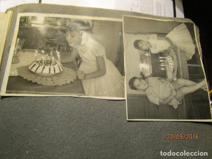 Fotografía antigua: ANTIGUO ALBUM FOTOS ALICANTE Y ELDA 49 FOTOGRAFIAS EN FIESTAS PLAYA ATRACCION ETC - Foto 15 - 164636546