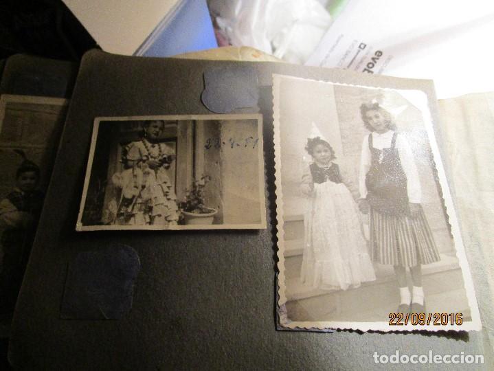 Fotografía antigua: ANTIGUO ALBUM FOTOS ALICANTE Y ELDA 49 FOTOGRAFIAS EN FIESTAS PLAYA ATRACCION ETC - Foto 25 - 164636546