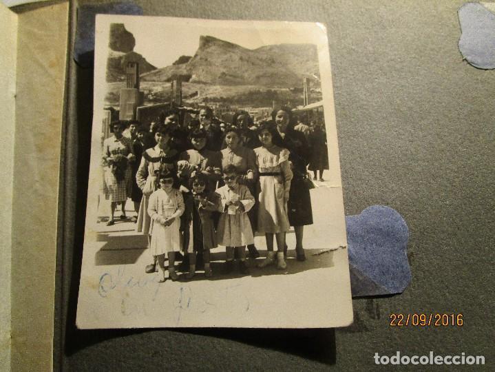 Fotografía antigua: ANTIGUO ALBUM FOTOS ALICANTE Y ELDA 49 FOTOGRAFIAS EN FIESTAS PLAYA ATRACCION ETC - Foto 30 - 164636546
