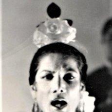 Fotografía antigua: GRAN FOTOGRAFIA ORIGINAL,BAILADORA GITANA CARMEN AMAYA,AÑOS 60,PROMOCIONAL,ARTE FLAMENCO. Lote 167459232