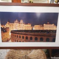 Fotografía antigua: GRAN FOTOGRAFIA ENMARCADA DE LA PLAZA DE TOROS DE VALENCIA. FOTO DE PEREZ DE LOS COBOS GIRONÉS. Lote 167682445