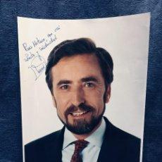 Fotografía antigua: FOTOGRAFIA JUAN BARRANCO ALCALDE MADRID AUTOGRAFO DEDICADA TINTA POLITICO POLITICA 25,5X18,5CMS. Lote 167935568