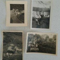 Fotografía antigua: CUATRO FOTOGRAFÍAS FOTO DE NIÑOS EN JARDINES, AÑOS 40-50, ALEMANES.. Lote 169134296