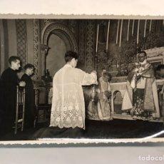 Fotografía antigua: VALENCIA. CONGRESO EUCARÍSTICO NACIONAL. CAPILLA BIZANTINA DE LA BENEFICIENCIA.. Lote 169740785