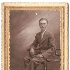 Fotografía antigua: RETRATO DE UN JOVEN - FOTOGRAFÍA BAÑOS - JUMILLA (MURCIA). Lote 172066499