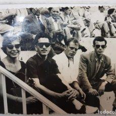 Fotografía antigua: FOTOGRAFÍA TORERO EN PLAZA DE TOROS ALICANTE AÑOS 50 FOTO VELEZ. Lote 172852143