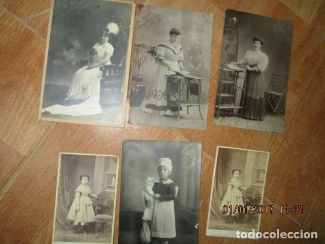 Fotografía antigua: LOTE JUEGOS FLORALES VALENCIA 1915 DAMA CON MEDALLA DE LAS FIESTAS Y COLEGIO NIÑAS - Foto 4 - 174549987