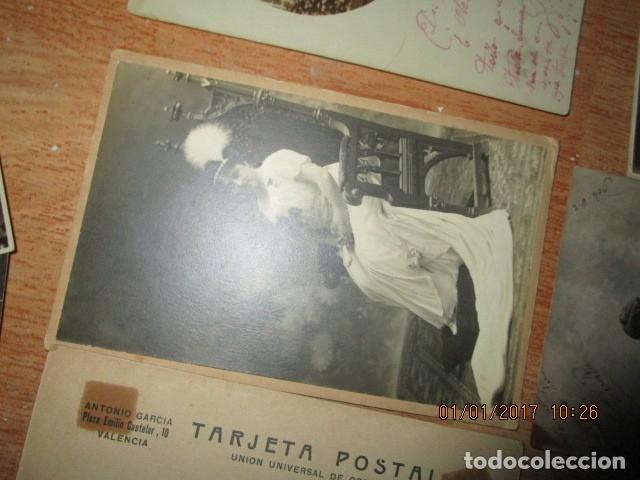 Fotografía antigua: LOTE JUEGOS FLORALES VALENCIA 1915 DAMA CON MEDALLA DE LAS FIESTAS Y COLEGIO NIÑAS - Foto 6 - 174549987