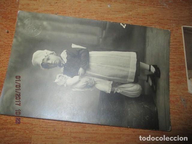 Fotografía antigua: LOTE JUEGOS FLORALES VALENCIA 1915 DAMA CON MEDALLA DE LAS FIESTAS Y COLEGIO NIÑAS - Foto 11 - 174549987