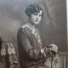Fotografía antigua: FOTOGRAFÍA ANTIGUA-POSADO DE ESTUDIO-FERRI VALENCIA 1919 SELLADA. Lote 174589662