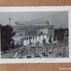 Fotografía antigua: ANTIGUA FOTOGRAFÍA PABELLÓN DE LA URSS. EXPOSICIÓN UNIVERSAL BRUSELAS. BÉLGICA. 1958.. Lote 177590105