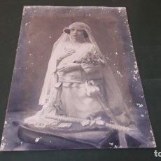Fotografía antigua: SEVILLA 1907. RETRATO DE PRIMERA COMUNIÓN, GRAN FORMATO (60X41.5 CM). Lote 177668930