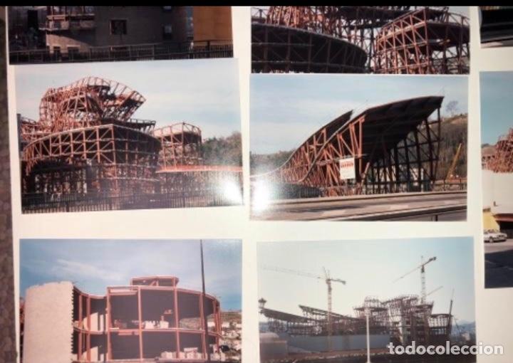 Fotografía antigua: 42 FOTOGRAFÍAS A COLOR DE LA CONSTRUCCIÓN DEL MUSEO GUGGENHEIM BILBAO. 10,50 x 15,50 cms. - Foto 8 - 177848108