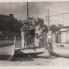 Fotografía antigua: FOTOGRAFIA - FOTO EROTICA MUJERES POSANDO EN BAÑADOR. Lote 178609958