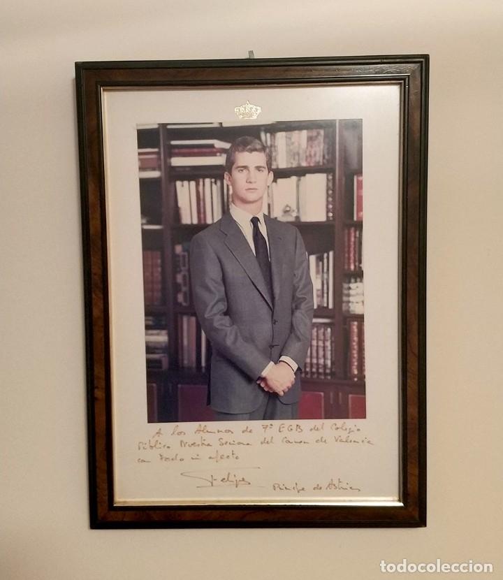 ANTIGUA FOTO OFICIAL DEL REY FELIPE VI CON FIRMA ORIGINAL - PRINCIPE DE ASTURIAS - ENMARCADA (Fotografía - Artística)