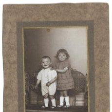 Fotografía antigua: R56-EXTRAORDINARIA FOTOGRAFIA ANTIGUA- DE DOS HERMANOS - FOTO- - - - - - - . Lote 179195621