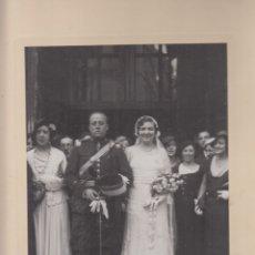 Fotografía antigua: BODA DE LOS 40. FOTOGRAFÍA BLANCO Y NEGRO, 31X25 CM. REALIZADA POR NUÑO, DE MADRID.. Lote 179234221