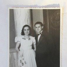 Fotografía antigua: FOTOGRAFIA PAREJA, CONGRESO DE MEDICINA, AYUNTAMIENTO VALENCIA, 1947, P. DE LUCIA Y BONDIA. Lote 179532832