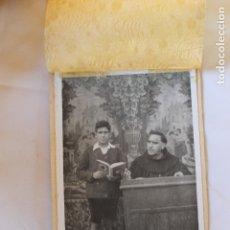 Fotografía antigua: FOTOGRAFIA NIÑO Y RELIGIOSO, RECUERDO DEL COLEGIO, AÑOS 29. Lote 179536772